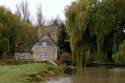 The Roundhouse, Lechlade